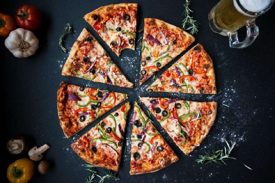 Pizzeria Baguetti in Delmenhorst mit Lieferservice von Pizza und verschiedene Italienische und Französische Gerichte.